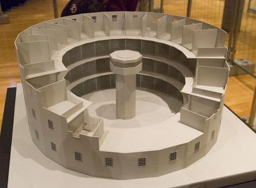 panopticon-model,-museum-fuer-kommunikation,-frankfurt,-2013